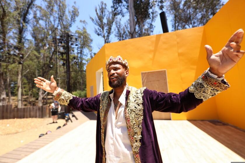 Lorenzo Roberts as King Richard II.