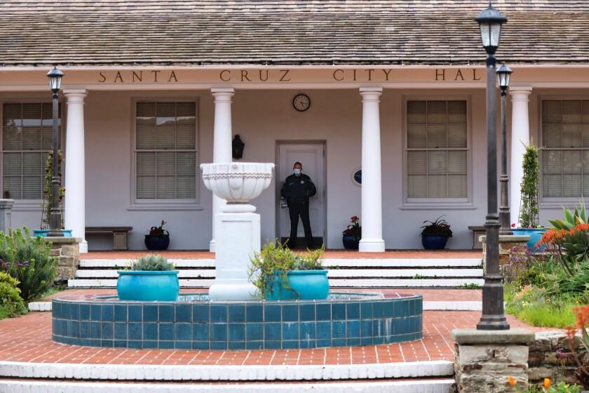 Members of the Santa Cruz Police Department
