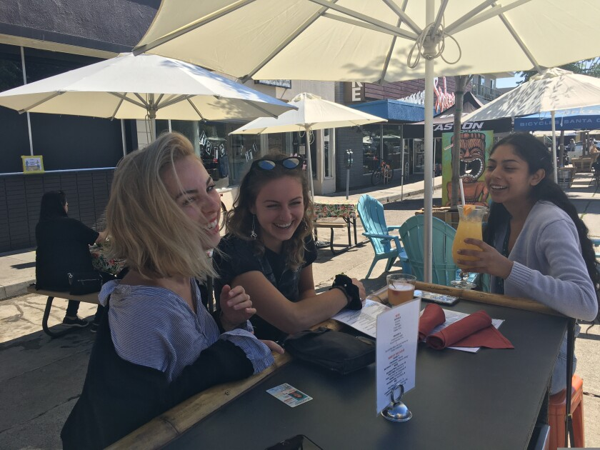 girls laughin