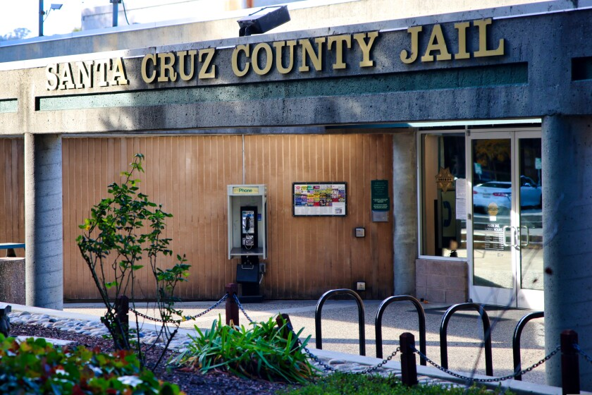 A photo shows the Santa Cruz County Jail.