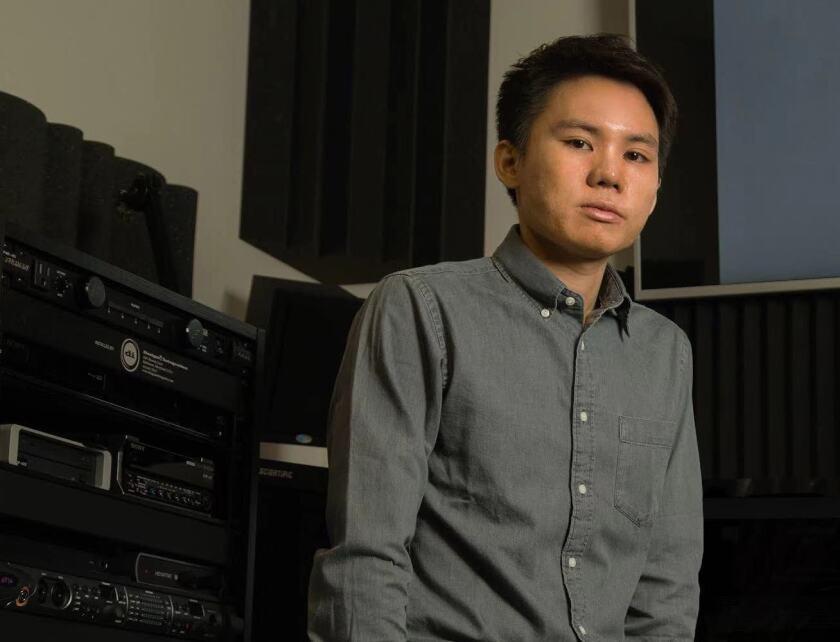 Haoran Chang is a digital artist and UCSC graduate student.