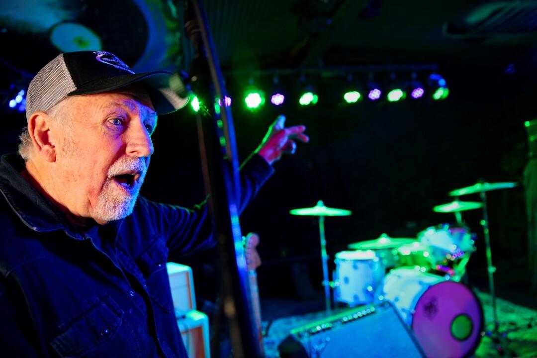 Bill Welch is leaving Moe's Alley in good hands.