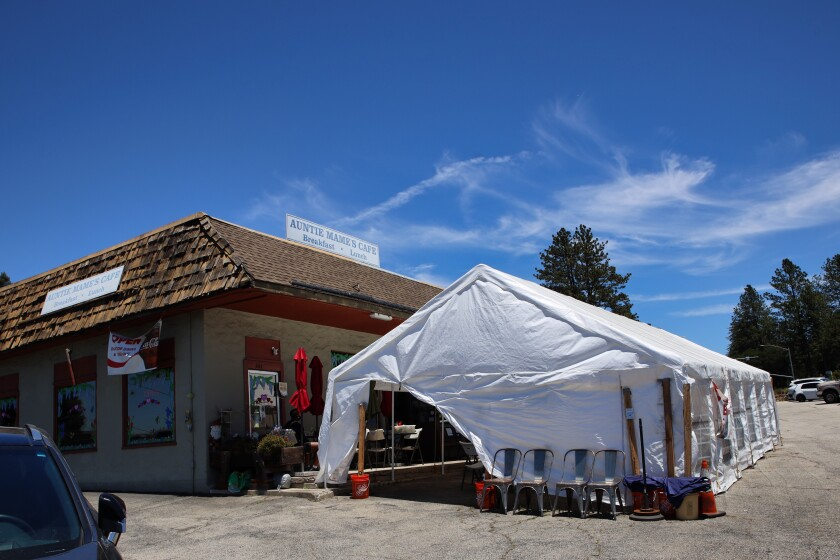 The outdoor tent at Auntie Mame's.