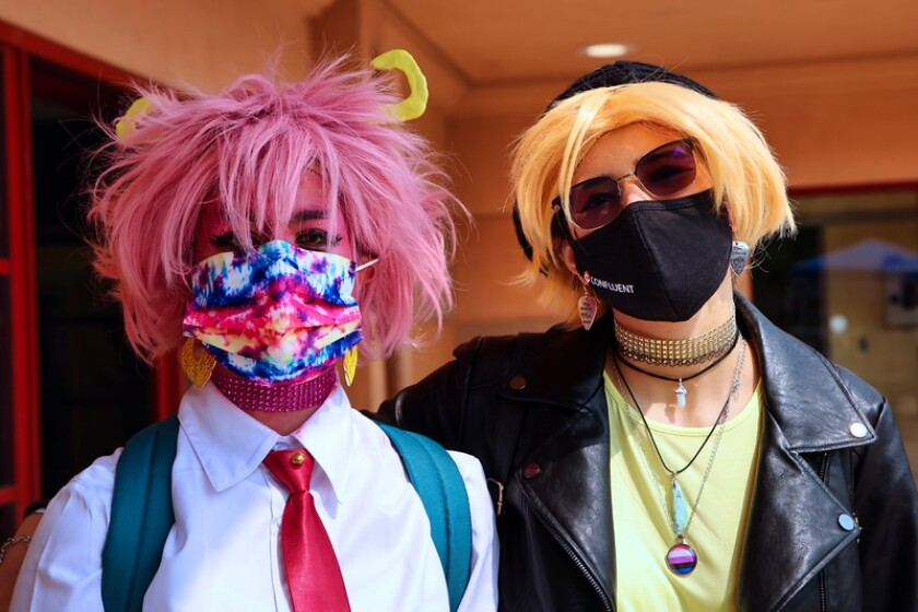 My Hero Academia cosplay: Kianna Corona Maciel as Mina Ashido; Rori Perteet as Denki Kaminari.