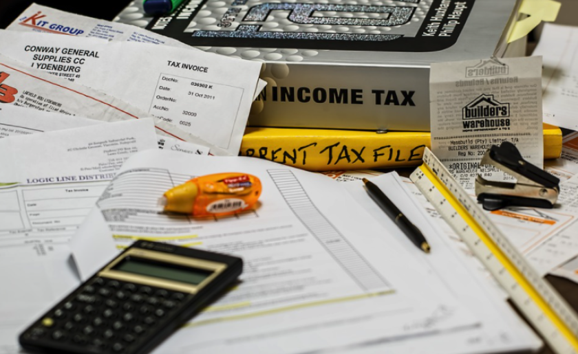 Filing your income taxes is no fun, but several free online tools might be able to help.